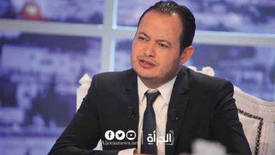 سمير الوافي: ظهور الرئيس دون كمامة دليل على أنّه يعتقد فيروس كورونا مؤامرة صنعت في الغرف المظلمة