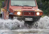 Alkane Dominator Vehicle going through water