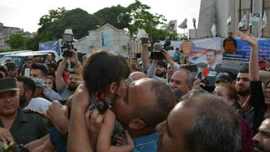 Photo of أهالي بلدة اشتبرق يطالبون ربط خروج مسلحي درعا بالإفراج عن مخطوفي البلدة