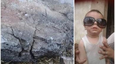 Photo of وفاة طفل جراء سقوط صخرة ضخمة كان يلعب تحتها في ريف مصياف .. ومصدر يوضح كيف انزلقت الصخرة