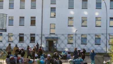 Photo of ألمانيا تؤجل استقبال آلاف اللاجئين إلى العام المقبل