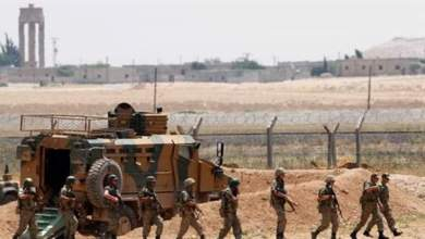 """Photo of """"الجندرما"""" تفتح النار على سيارة تقل سوريين حاولوا دخول تركيا"""