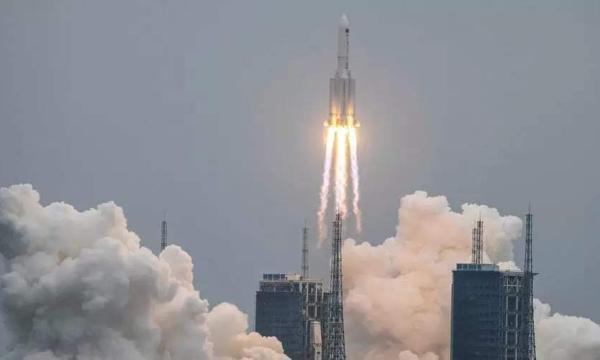 """صاروخ صيني """"مفقود"""" يخترق سماء سوريا فجر الأربعاء"""