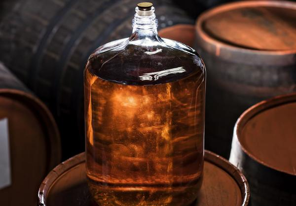 Коньяк-алкоголь