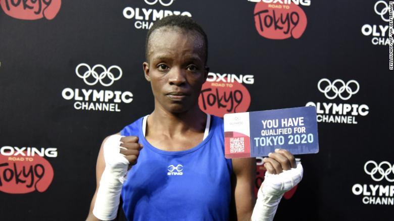 12歳で母になったケニアの女子ボクシング選手 2020五輪へ