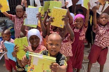 <学生×アフリカ>  タンザニアで教育支援を行う学生団体ASANTE PROJECTがアフリカ布で作った心躍る商品を販売中!
