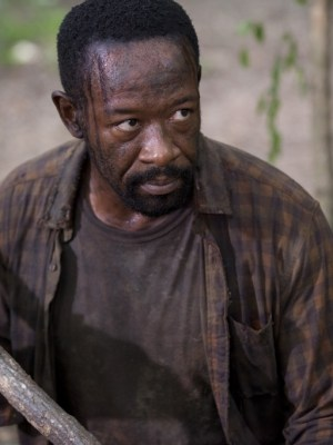 "Lennie James kills it as Morgan in ""Here's Not Here"""