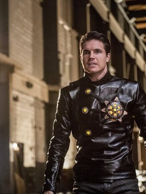 Firestorm's Earth 2 counterpart, Deathstorm, played by Robbie Amell.