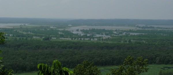 Flooding along the Big Muddy River, 28 May 2011