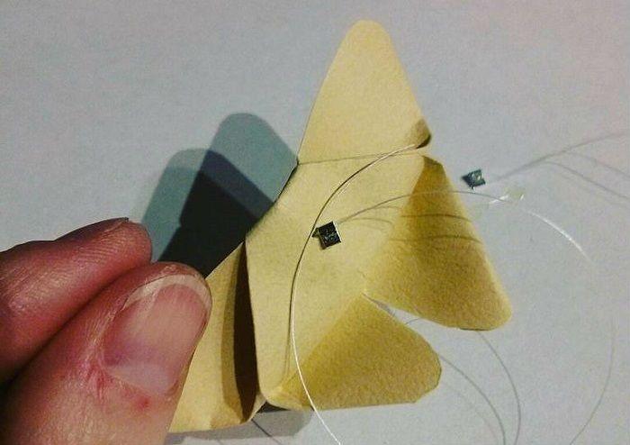 Бабочка на мононити