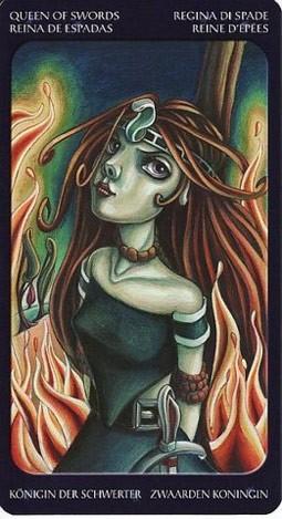 королева Мечей Таро Сладкие Сумерки (Tarot of the Sweet Twilight)