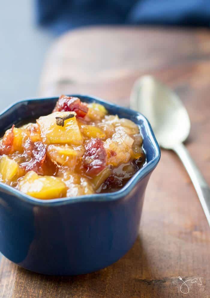 Easy recipe for delicious mango chutney