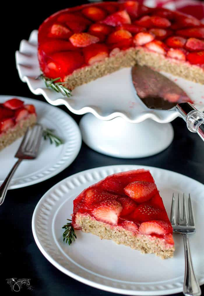 Oatmeal and strawberry gluten-free cake