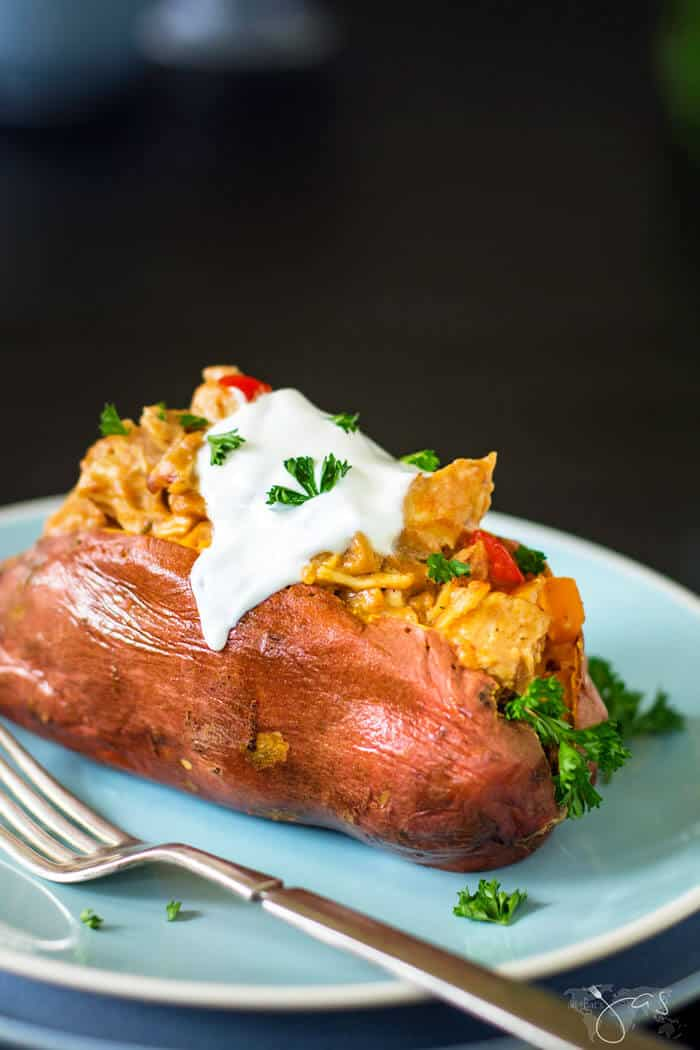 Sweet potatoes stuffed with Thai chicken