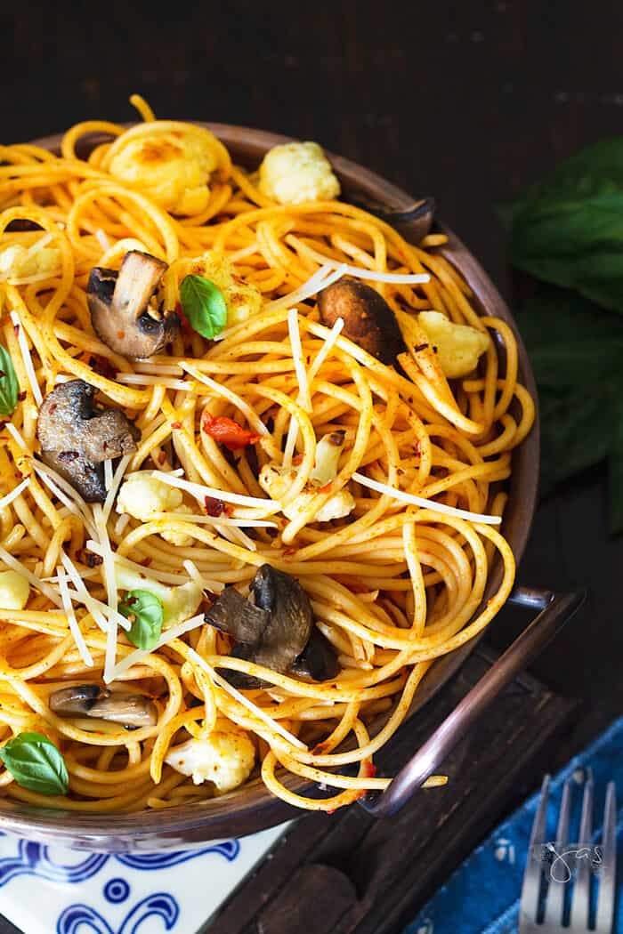 Tuscan comfort food - spaghetti with vegetables