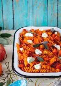 Pumpkin and Goat Cheese Fusilli Pasta Bake | allthatsjas.com