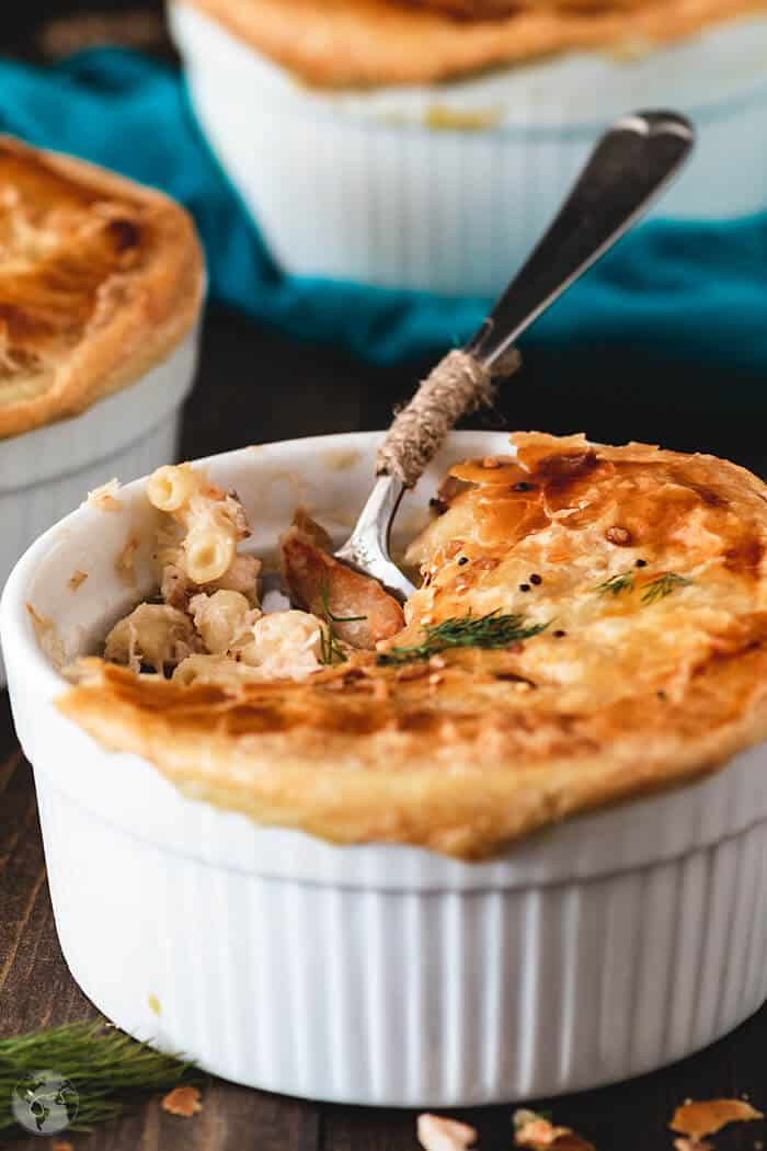 Creamy, delicious macaroni and cheese with lobster meat and puff pastry crust.