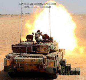"""Основной индийский боевой танк """"Арджун"""" на стрельбах"""