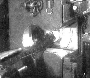 Заряжание-орудия-Д-15ТА-танка-Т-10