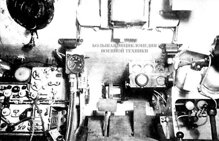 Интерьер отделения управления танка