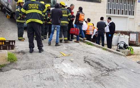ירושלים: פועל בישיבה נהרג כתוצאה ממשאית שמחצה אותו