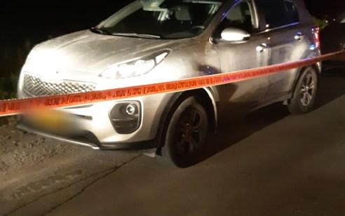 """גנב רכב ערבי נמלט מהמשטרה ודרס לוחם מג""""ב – מצבו קל עד בינוני"""