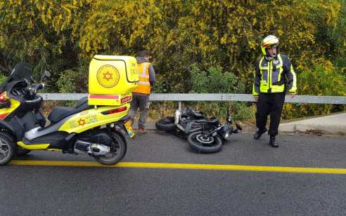 רוכבת אופנוע נפגעה מרכב בכביש 20 איילון דרום – מצבה בינוני