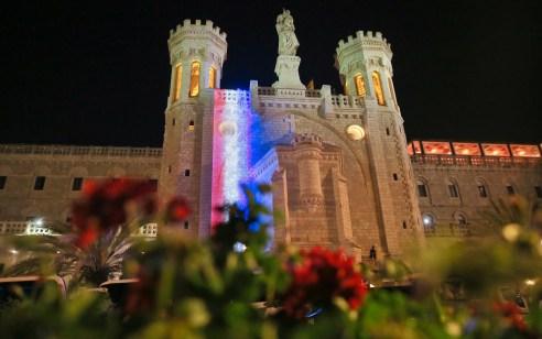 ירושלים מזדהה עם אסון קתדרלת נוטרדאם שבפאריס ותאיר את הנוטרדאם של ירושלים בצבעי הדגל הצרפתי