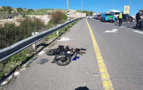 עפולה: גבר כבן 45 נפצע בתאונה בין רכב לאופניים חשמליים – מצבו בינוני