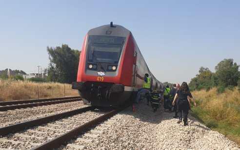 תל אביב: הולך רגל נפצע אנוש מפגיעת רכבת, בבית חולים נקבע מותו