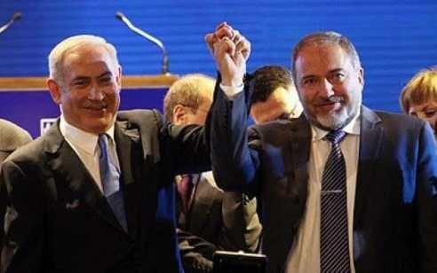 """גורם בליכוד: """"המטרה של ליברמן היא לחסל את ראש הממשלה נתניהו כי הוא רוצה לרשת אותו"""" – ישראל ביתנו: """"ספינים והטעיית הציבור, מצטערים על הסגנון והשפה"""""""
