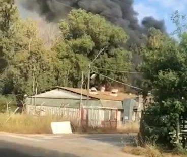 שריפה פרצה בבסיס תל השומר – כוחות המקום
