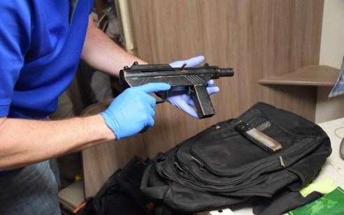 בתום פעילות סמויה נעצרו 24 חשודים שעיסוקם: סחר והחזקה של אמצעי לחימה וסחר בסמים מסוכנים