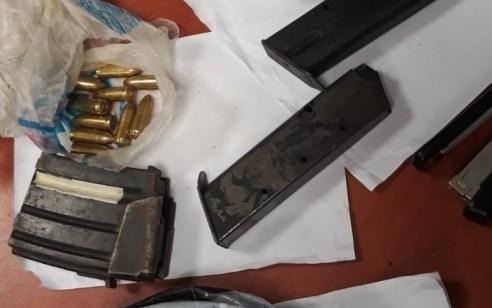 תושב ג'אסר א זרקא נעצר בחשד לאחזקת מטען חבלה ואמצעי לחימה לא חוקיים נוספים