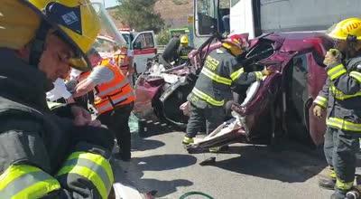 3 פצועים, בהם אחד אנוש, בתאונה בין משאית לרכב בכביש 38 סמוך לישוב שריגים