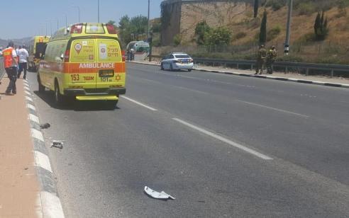 הולך רגל בן 16 נהרג מפגיעת אופנוע בסמוך לצומת אחיהוד