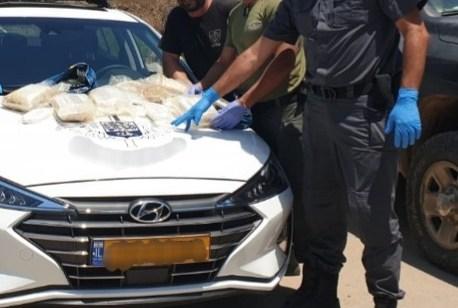 שק המכיל חומר החשוד כסם נפלט מהים מול חופי חיפה – המשטרה פתחה בחקירה