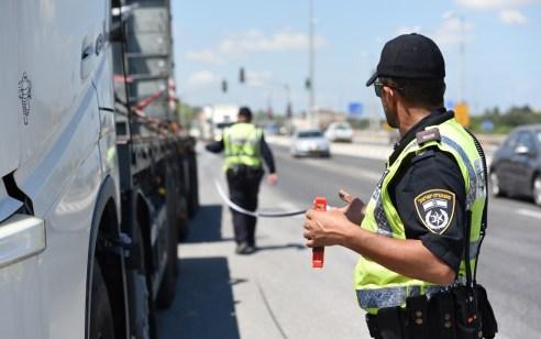 """במהלך סופ""""ש נפסלו 124 רישיונות נהיגה בגין עבירות חמורות – כ 3,700 דו""""חות תנועה נרשמו"""