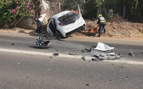 פצועה בינוני ו-3 קל בתאונה בכניסה לאיזור התעשייה בתל מונד