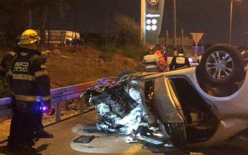 הרוג ושלושה פצועים בתאונה בין 2 רכבים בכביש 444 צומת נווה ימין