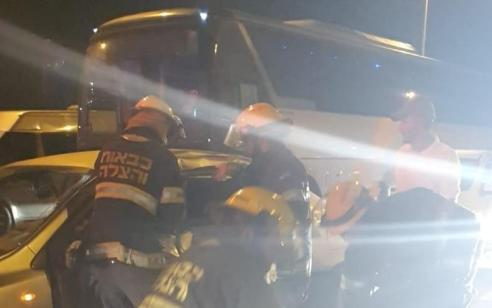 פצוע בינוני ו-3 קל בתאונה בין שלושה כלי רכב בצומת להבים