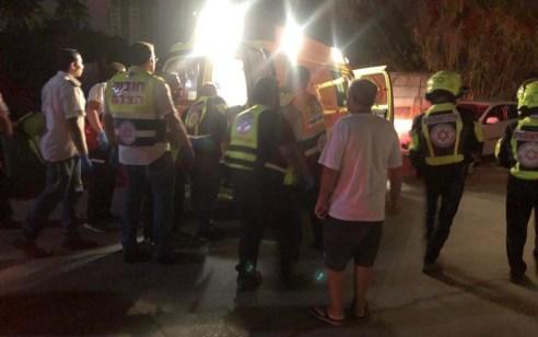 גבר כבן 40 נפצע מדקירה בתל אביב  – מצבו בינוני