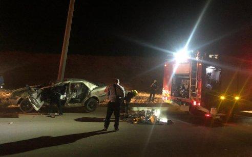 תאונה קטלנית סמוך לערד: 2 צעירים כבני 20 נהרגו לאחר שהתנגשו בעמוד
