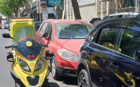 ילד בן 3 חולץ מרכב נעול בתל אביב – מצבו טוב