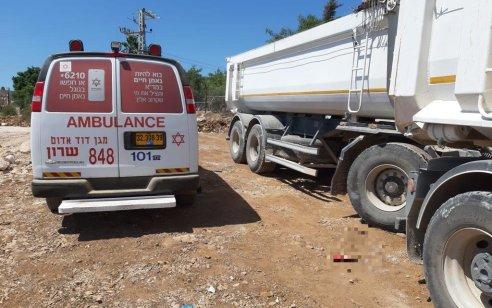 נהג משאית כבן 45 נמחץ למוות מעגלת משאית באתר בנייה בישוב חיננית בשומרון
