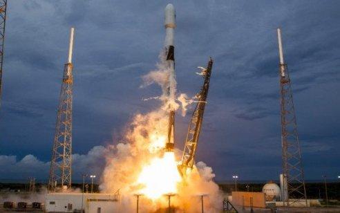 לוויין התקשורת הישראלי עמוס 17 שוגר בהצלחה לחלל – צפו בתיעוד