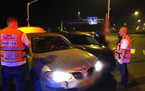 הולכת רגל בת 43 נפגעה מרכב בכביש 444 סמוך לעינת – מצבה בינוני