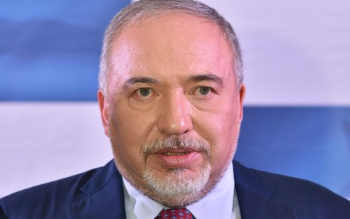 אחרי שאתמול הודיעה ליברמן שיתמוך בחוק המצלמות: ישראל ביתנו מודיעה שתתנגד לחוק
