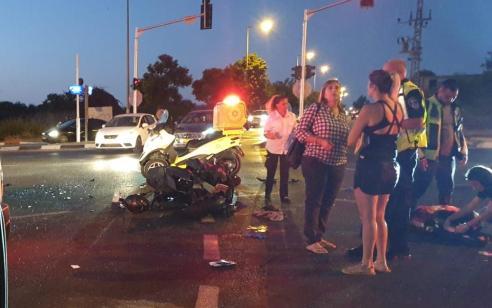 שני רוכבי אופנוע נפגעו בתאונה בראשון לציון – מצבם בינוני וקל