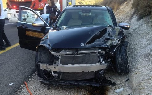 שלושה פצועים בינוני וקל בתאונה חזיתית בסמוך לצפת